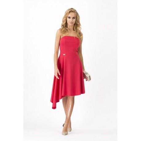 eb224d432175 V obchodech naleznete nepřeberné množství modelů. Vybírat můžete například  dámské šaty letní