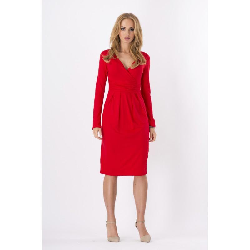 00428bea6c02 Dámské šaty s 3 4 rukávem a výstřihem ve tvaru