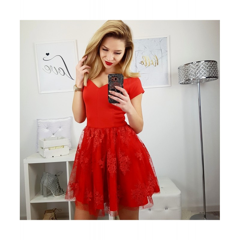 ae77ba81296e Luxusní dámské šaty EMILY s krajkovou sukní červené - Alltex-fashion.cz