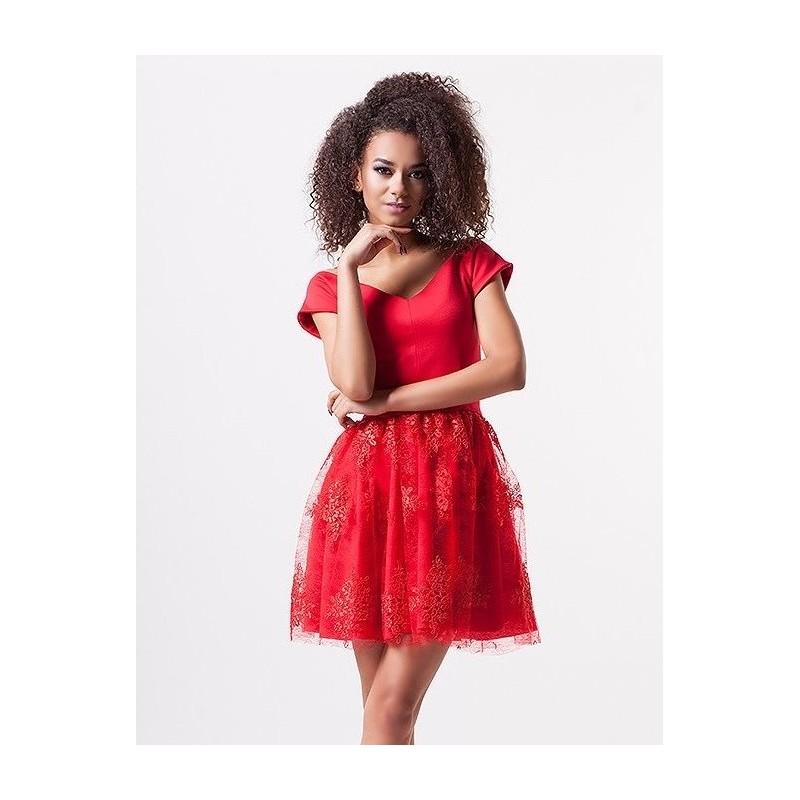 7f953520e27 Luxusní dámské šaty EMILY s krajkovou sukní červené