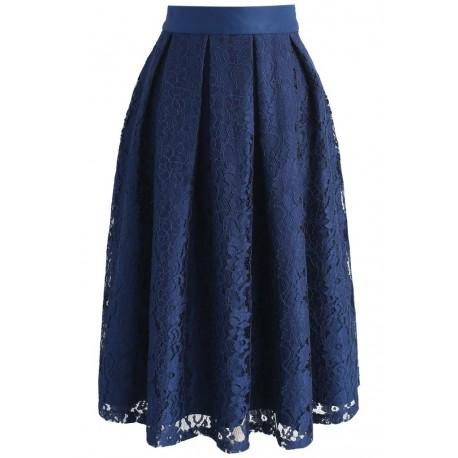 Sukně Chicwish tmavě modrá s krajkou, Velikost XL, Barva Tmavě modrá Chicwish