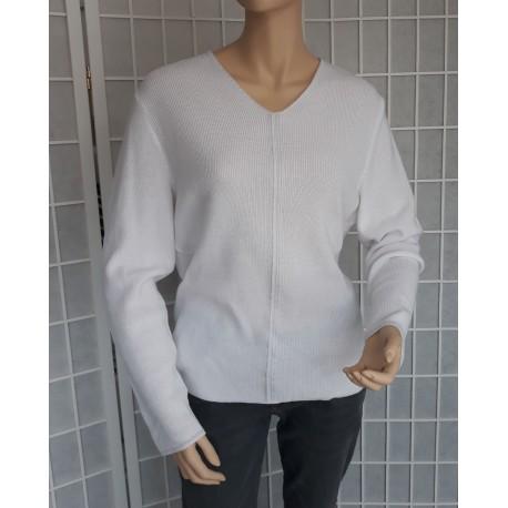 Dámský lehký elegantní svetr - bílý