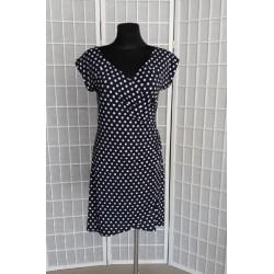 Dámské šaty zavinovaní šaty s puntíky